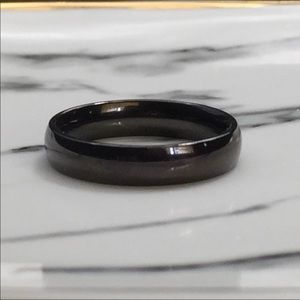 Jewelry - Black stainless steel comfort band